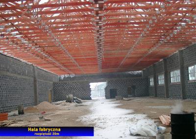 Hala produkcyjna - dach z wiązarów drewnianych